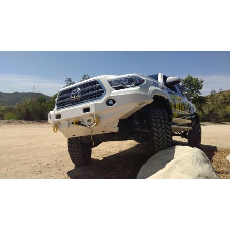 Силовой передний бампер TJM, RockCrawler Series, для  Toyota Tacoma 2016+ (074ST17A89BDS)